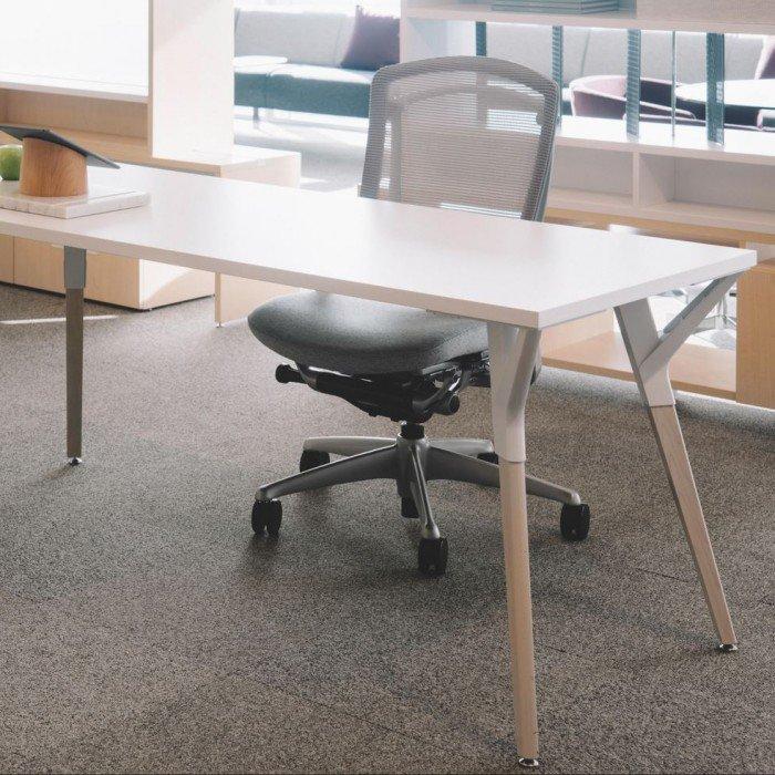 01-Mobilier de bureau-MBH-Bureau-Teknion-Upstage.JPG